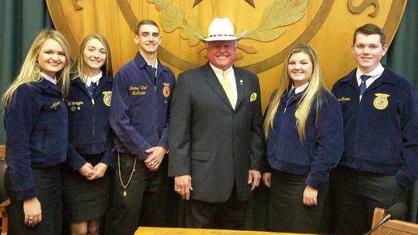 From left: Macy Jo Hanson, Kayleigh Scroggins, Chase Clepper, Commissioner Sid Miller, Amanda Yates, and Connor Timmons.