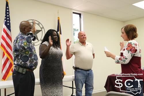 Durand Steadman, Natalie Harris, and Craig Gray were then sworn into office by Municipal Court Judge Elizabeth Swint.