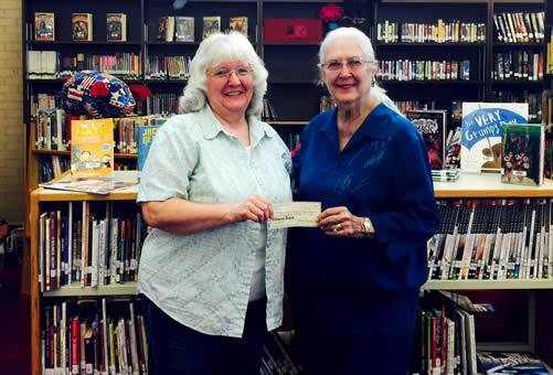 Pictured are Sandra Davis (left) and Becky Maidic (right).