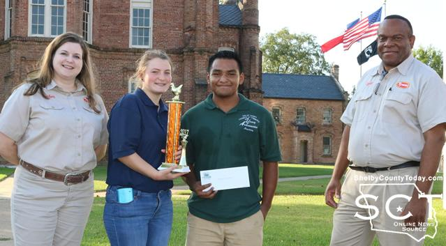 High School Youth first place went to Maurico Alejaldre Robles, Johali Aviles, and Jessica McSwain