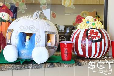 1st place pumpkin - Cinderella carriage