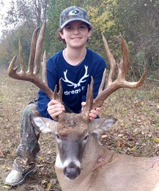 J.J. Idrogo with his 17-point bruiser shot earlier this season in Smith County. Taken on a 1,200-acre open range lease, the buck is the biggest TBGA non-typical ever reported from Smith County. It is sure to be among the top scoring non-typicals killed in all of East Texas this season. (Courtesy Photo)