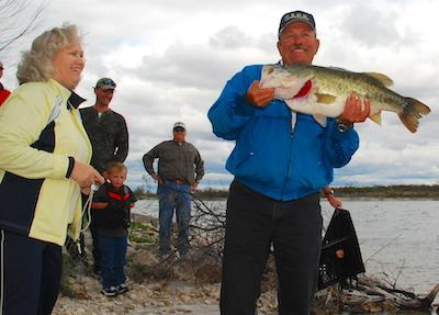 Beginning Jan. 1, the 31-year-old Toyota ShareLunker program will begin operating under a new format that will allow anglers to enter fish in four different categories. TPWD is hopeful the changes will breathe new life into a program that has seen dwindling participation in recent times. (TPWD Photo)