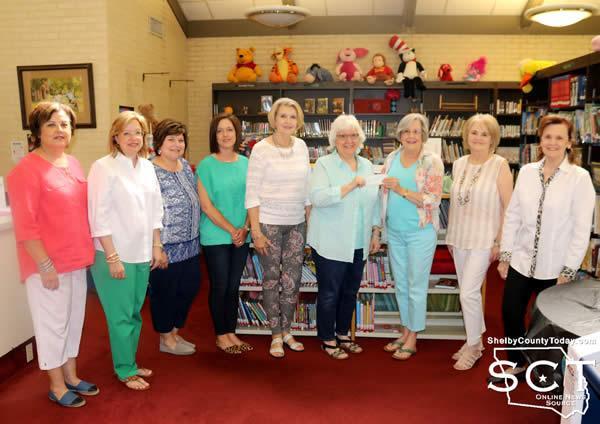 Pictured are Linda Miller, Ann Grant, Lisa McAdams, Kelly Lucas, Laura Rowe, Sandra Davis (Library Director), Billie Sue Payne, Sue Russell, Montie Jones