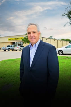 Michael Calbert, a 1984 Stephen F. Austin State University alumnus and Dollar General chairman of the board, will deliver the commencement address as part of SFA virtual commencement May 30.