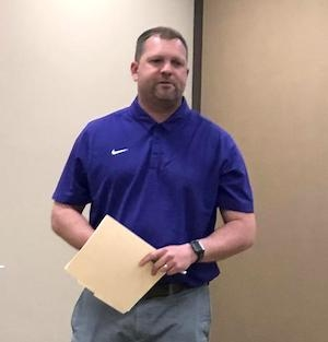 Coach Ricky Meeks