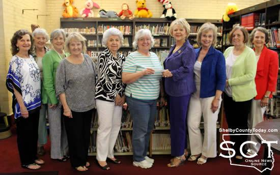 From left: Dottie West, Linda Anderson, Billy Sue Payne, Colleen Doggett, Jane Morrison, Sandra Davis (Library Director), Donna Holt, Barbara Prince, Carolyn Bounds, and Fannie Watson.